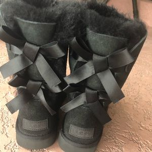 🚨 UGGBailey Bow Boot II (2) 🚨 brand new!!